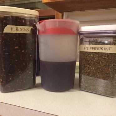 Hibiscus-mint tea